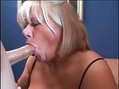 Cock hungry aged slut gives tough fellow nice blowjob.